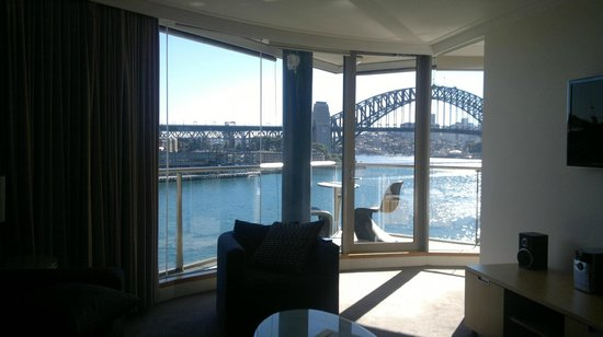 Pullman Quay Grand Sydney Harbour:                   View from the living room