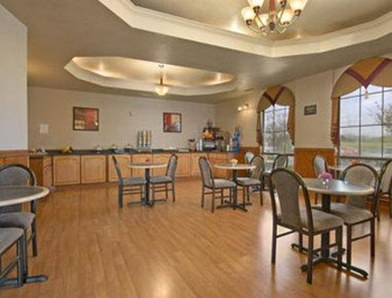 Baymont Inn Killeen: Breakfast Area