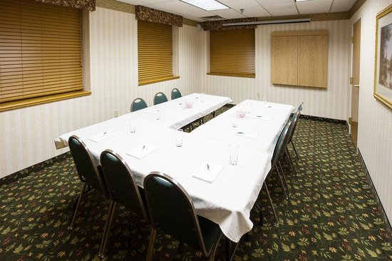 Holiday Inn Express Mishawaka: CountryInn&Suites Mishawaka  MeetingRoom