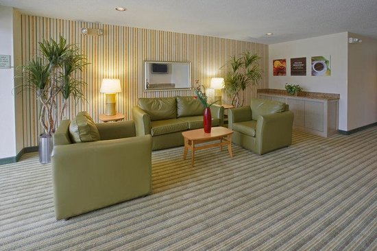 Extended Stay America - Houston - Med. Ctr. - Reliant Park - La Concha Ln.: Lobby and Guest Check-in