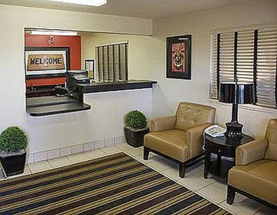 Extended Stay America - San Ramon - Bishop Ranch - West: Lobby and Guest Check-in