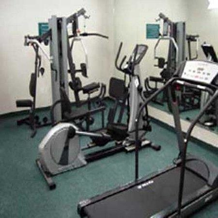 La Quinta Inn &amp; Suites Stephenville: Fitness Center