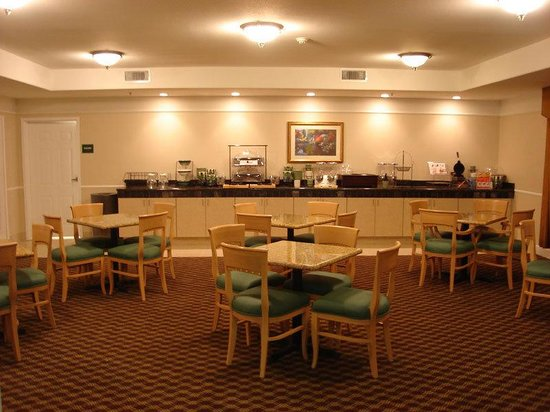 La Quinta Inn & Suites Stephenville: Breakfast Area