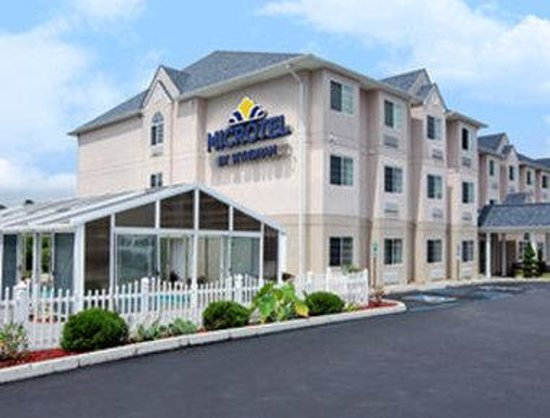 Microtel Inn & Suites by Wyndham Bristol: Welcome to the Microtel Inn and Suites Bristol