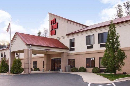 Red Roof Inn Hendersonville: Exterior