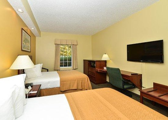 Quality Inn Greenville: guest room