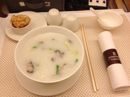Renaissance Harbour View Hotel Hong Kong: room service Cantonese congee ordered in 2am