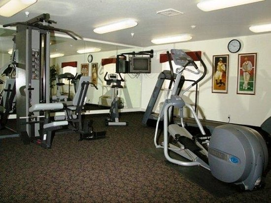 Oak Tree Inn - Vaughn: Health club