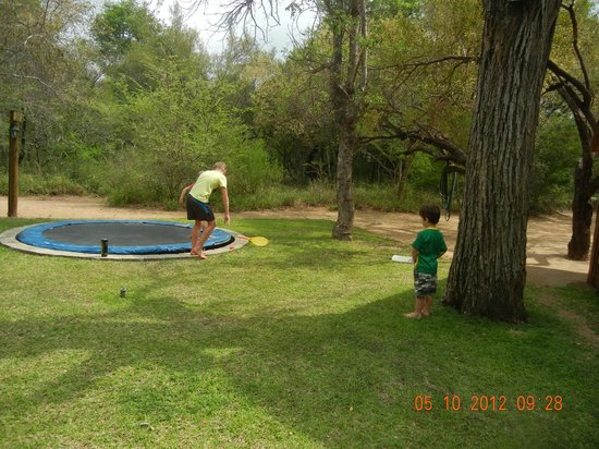 Indlovu River Lodge: Enough space to play 'soft' cricket