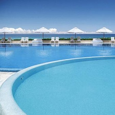 Live Aqua Cancun All Inclusive: Pool
