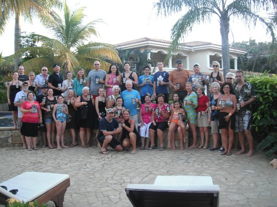 Mayan Princess Beach &amp; Dive Resort:                   The whole gang