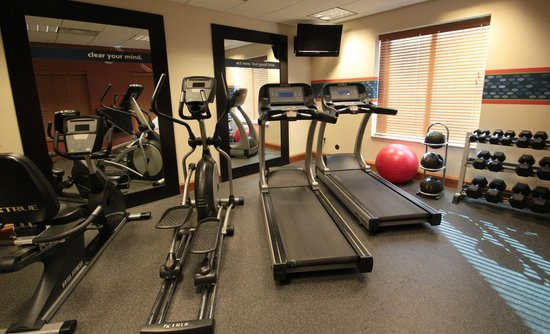 Hampton Inn Hampton-Newport News: Fitness Center