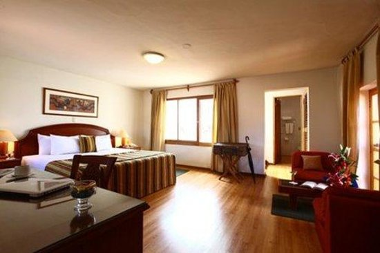 San Agustin International Hotel: Suite
