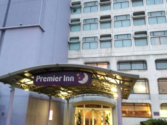 Premier Inn Manchester City MEN/Printworks: Premier Inn - Entrance