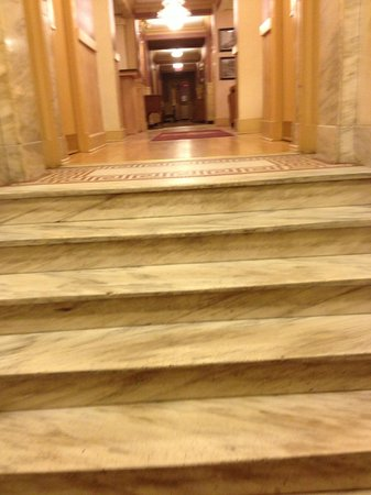 District Hotel Washington:                   Steps to lobby