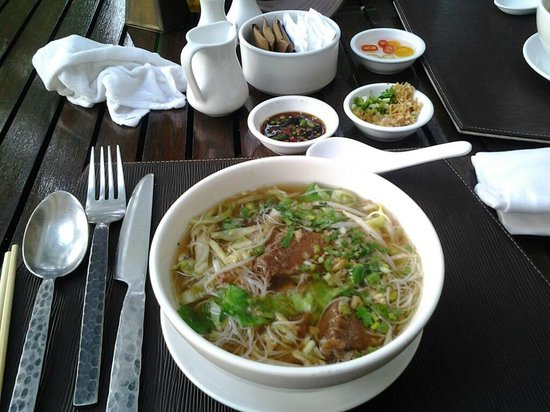 Anantara Hua Hin Resort and Spa: beef noodle soup for breakfast! awesome!!