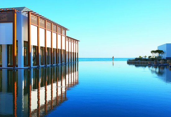 Grecotel Amirandes: Endless Sea View Lagoons