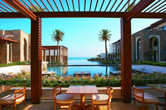 Grecotel Amirandes: Sea View Restaurants -Palm Fringed Lagoons