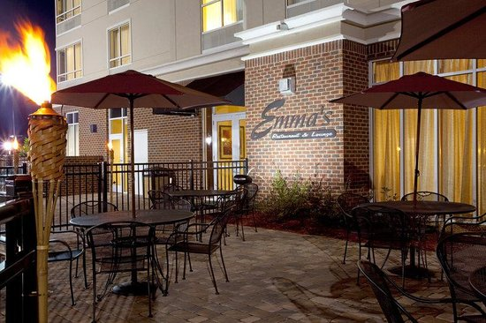 Holiday Inn Statesboro South: Outdoor Patio
