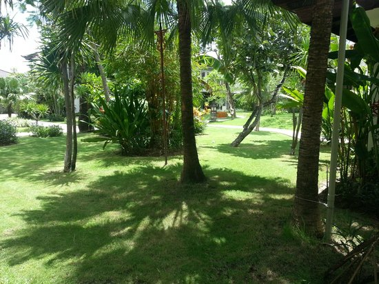 Rama Beach Resort and Villas:                   one of the gardens