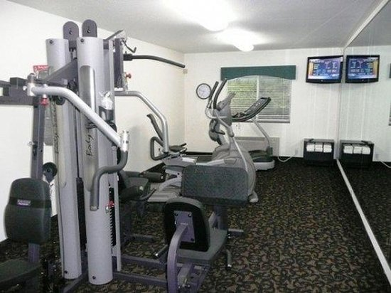 Oak Tree Inn Low Moor: Health club