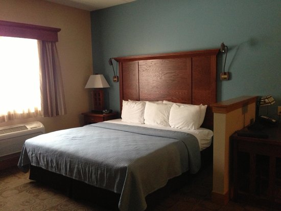 Timberlake Lodge:                   King Size Bed
