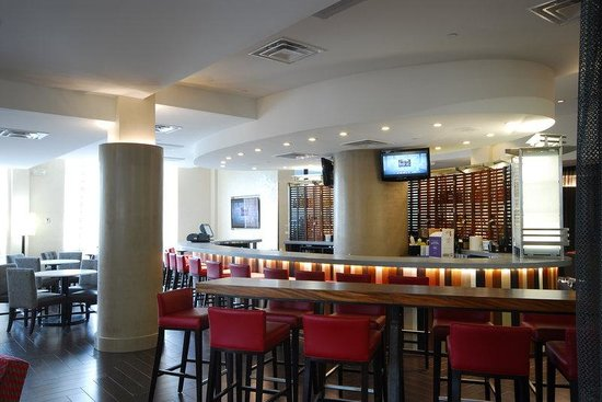 The Chancellor Hotel: Union Bar Area