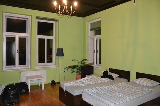 Vila Veselova: 6 Bed Dorm Mixed - Lime room