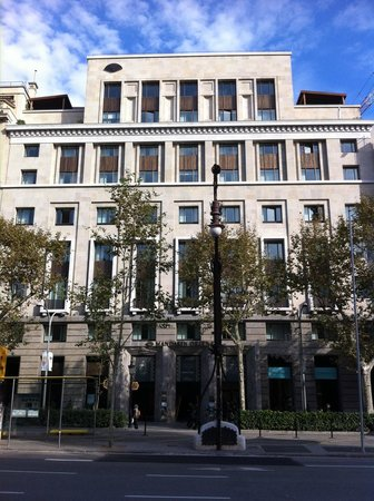 Mandarin Oriental, Barcelona:                   The front of the hotel. Building work on the shop to the right!