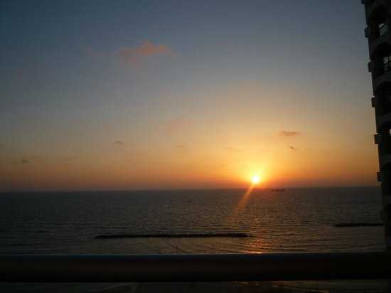 Park Plaza Orchid Tel Aviv:                   Sunset from our balcony