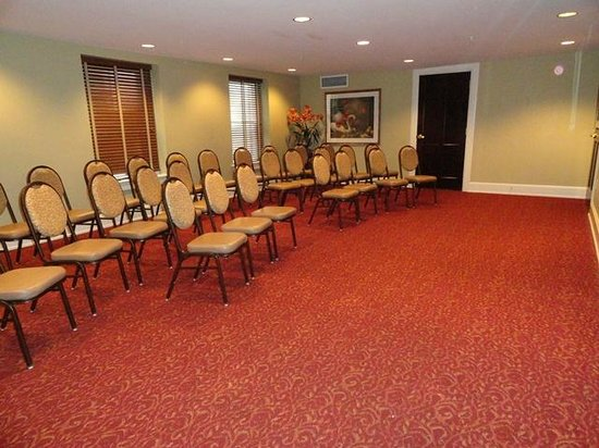 General Francis Marion Hotel: Bowen Boardroom