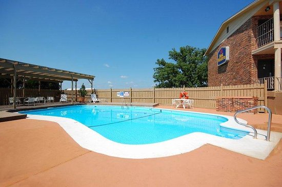 BEST WESTERN Montis Inn: Pool