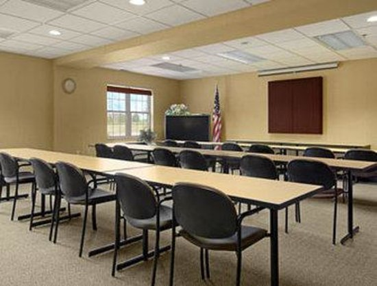 Baymont Inn and Suites Milwaukee/Grafton: Meeting Room
