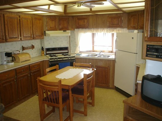 """Two Bedroom """"B"""" Kitchen Picture of Niagara RV Rentals"""