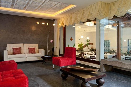Lobby picture of anahi boutique hotel quito tripadvisor for Boutique hotel anahi