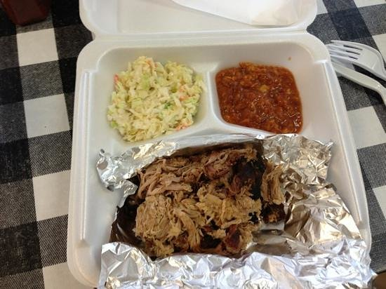 Unadilla, Gorgie : pulled pork plate , stew and slaw hold the texas toast 