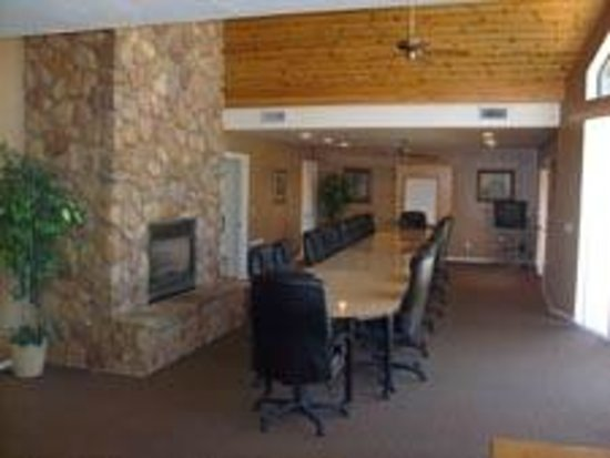 Majestic Mountain Inn: Conference Room