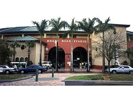 Best Western Intracoastal Inn: Roger Dean Stadium