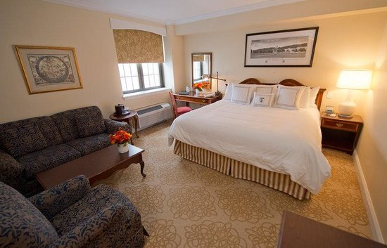 West Point, NY: King Size Bedroom