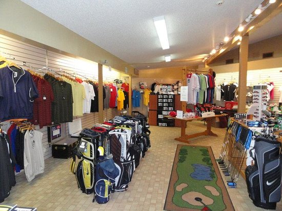 Dogwood Hills: Golf Shop