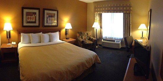 Country Inn & Suites Elk Grove: Standard Guest Room