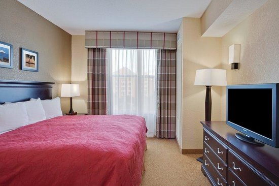 Country Inn & Suites By Carlson Orlando-Maingate at Calypso: CountryInn&Suites OrlandoMaingate   GuestRm