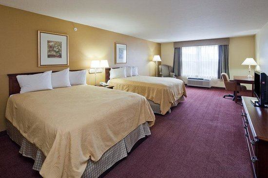 Country Inn & Suites by Carlson _ Fond du Lac: CountryInn&Suites FondDuLac GuestRoomDbl