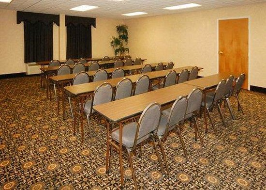 Comfort Suites Goldsboro: Meeting Room