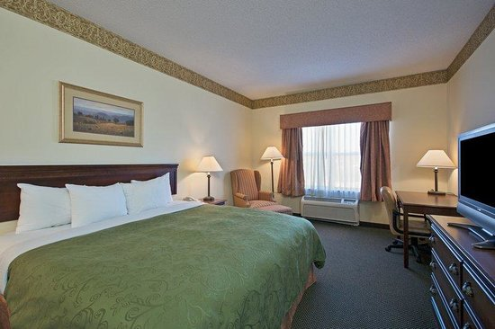 Country Inns & Suites Boone: CountryInn&Suites Boone  GuestRoomKing