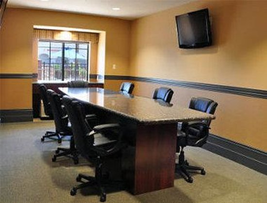 Microtel Inn & Suites by Wyndham Yuma: Meeting Room