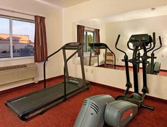 Uniontown, OH: Fitness Center