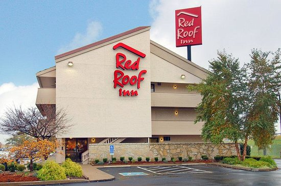 Red Roof Inn Louisville Airport: Exterior