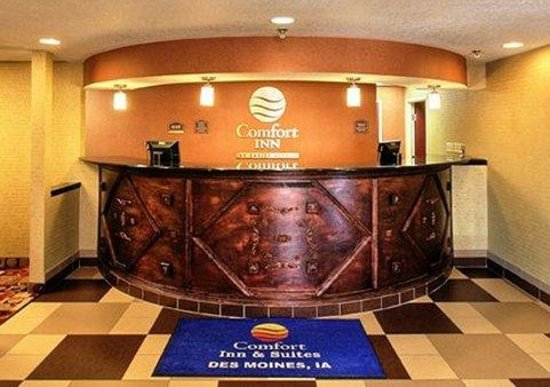 Comfort Inn: Front Desk