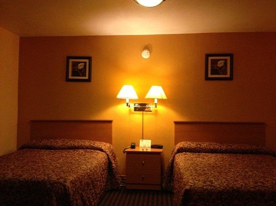 Scottish Inns Okeechobee FL, 2 Queen Beds Rm